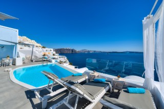 Luxurious Santorini hotel Kima Villas Caldera Sea View from the balcony next to the outdoor jacuzzi