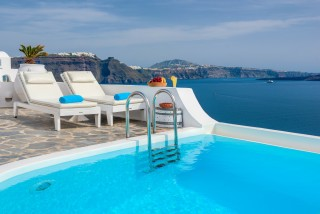 Luxurious Santorini hotel in Oia with sea view Kima Villas with jacuzzi and amazing Aegean Sea View