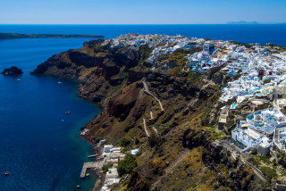 Luxurious Santorini hotel in Oia with sea view Kima Villa suites with view of the Caldera