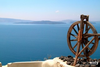 The best things to do in Santorini Kima Villas walking and admiring the Aegean Sea view