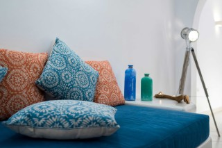luxurious santorini suites kima villa bedroom decoration with pillows