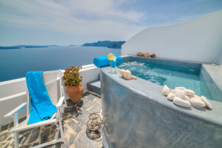 luxurious santorini junior suites kima villas jacuzzi