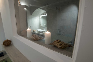 luxurious-santorini-superior-suites-kima-villa-heated-jacuzzi-bathroom